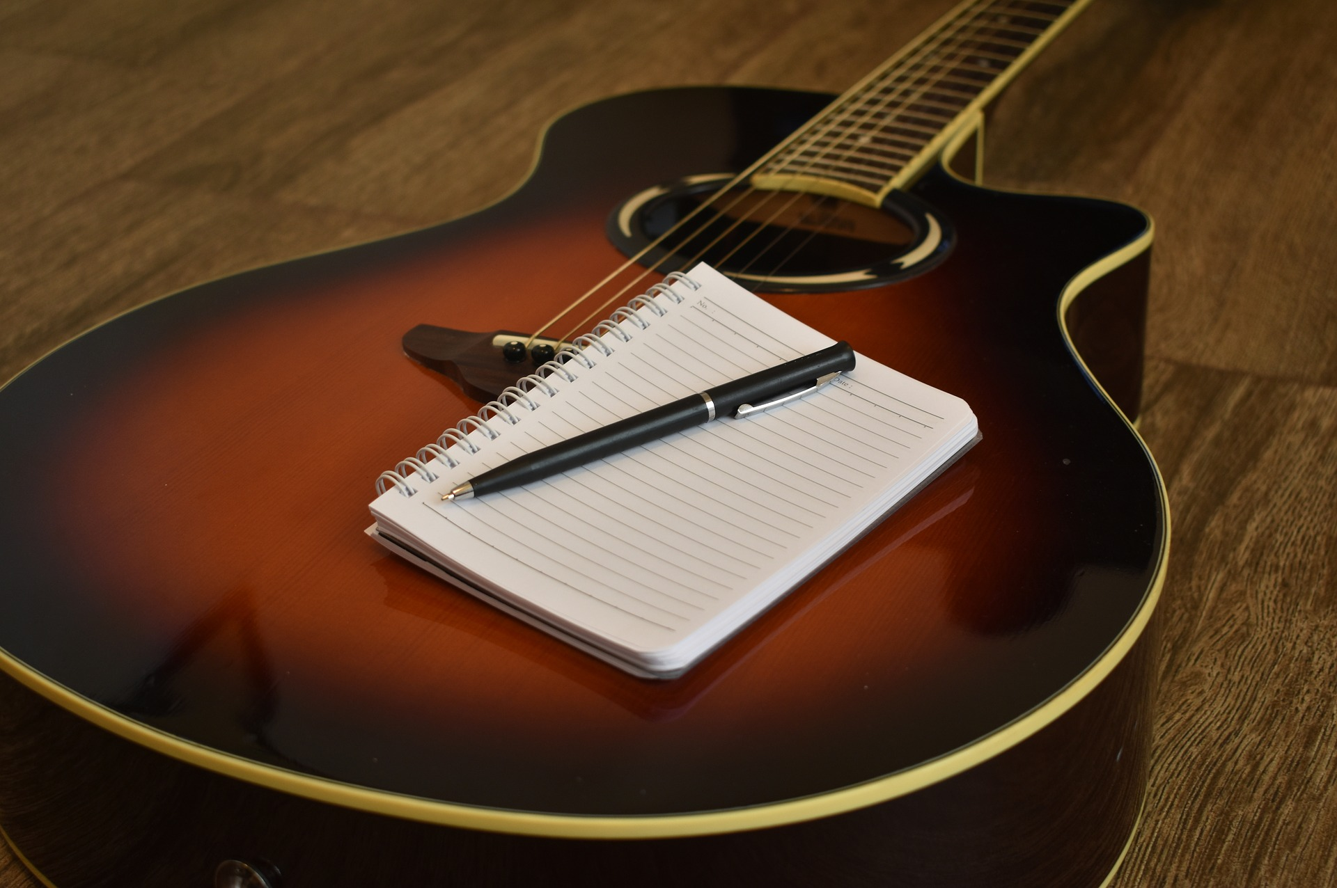 Zelf muziek schrijven op gitaar