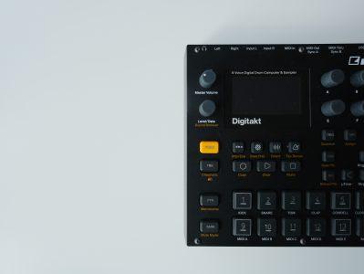 How does a sampler work?